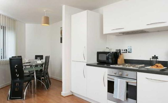 Comfort Zone Cutlass Apartment Hotel Birmingham   Great Prices, Book And  Save